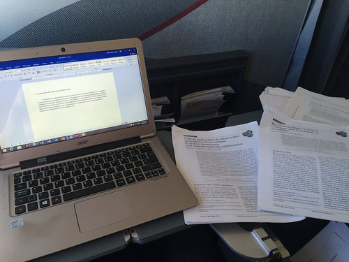Reading and #AcWri on the plane