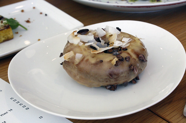 Passion fruit Cake Doughnut