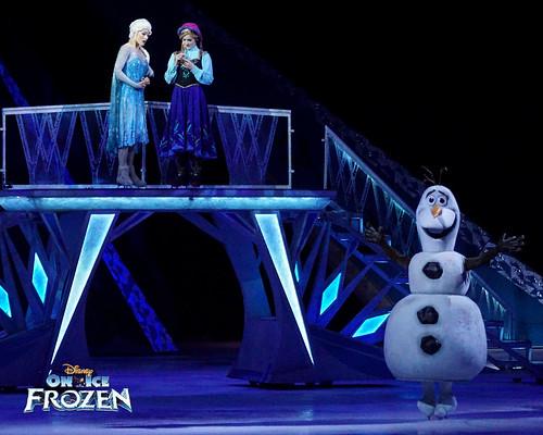 Elsa, Anna & Olaf | by DDB Photography