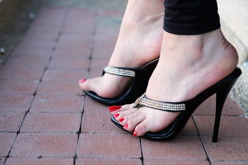 high thong heels erika 39 s feet flickr. Black Bedroom Furniture Sets. Home Design Ideas