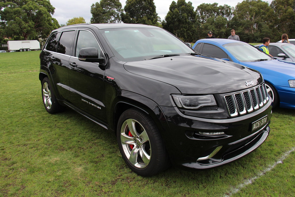 cherokee the style grand mocha auto srt roundup results writers man jeep association texas