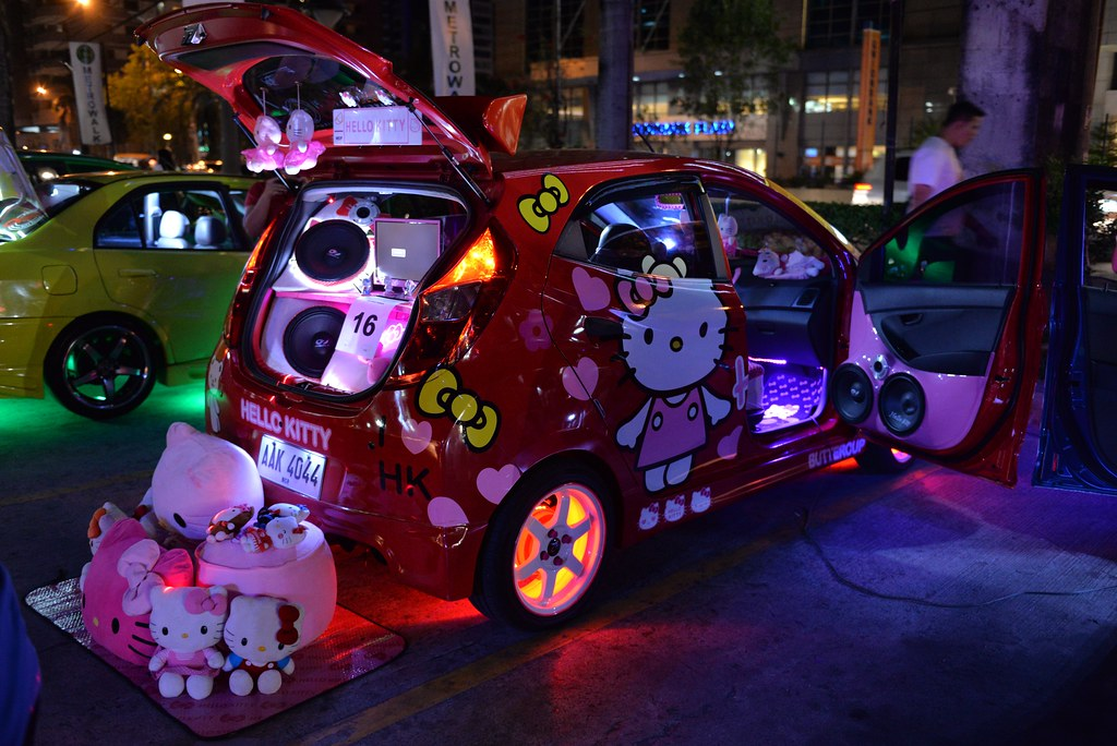 Hyundai EON In Hello Kitty Concept Car Show At Metrow Flickr - Hyundai car show