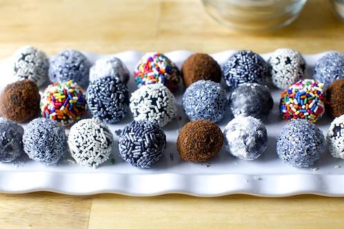 chocolate bourbon balls | Fudgy Bourbon Balls on ...