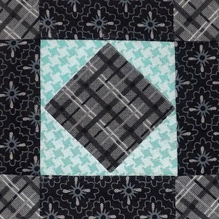 365Challenge_58_FairAndSquare | by Grey Cat Quilts