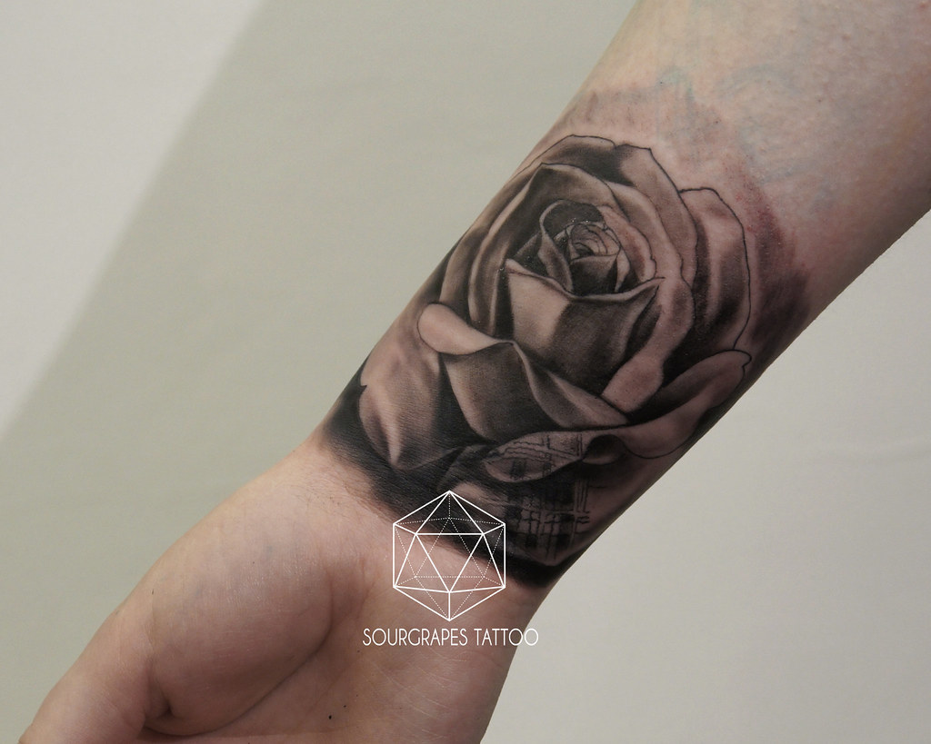 Black And Grey Rose Tartan Tattoo Sourgrapes Tattoo 1322 Flickr
