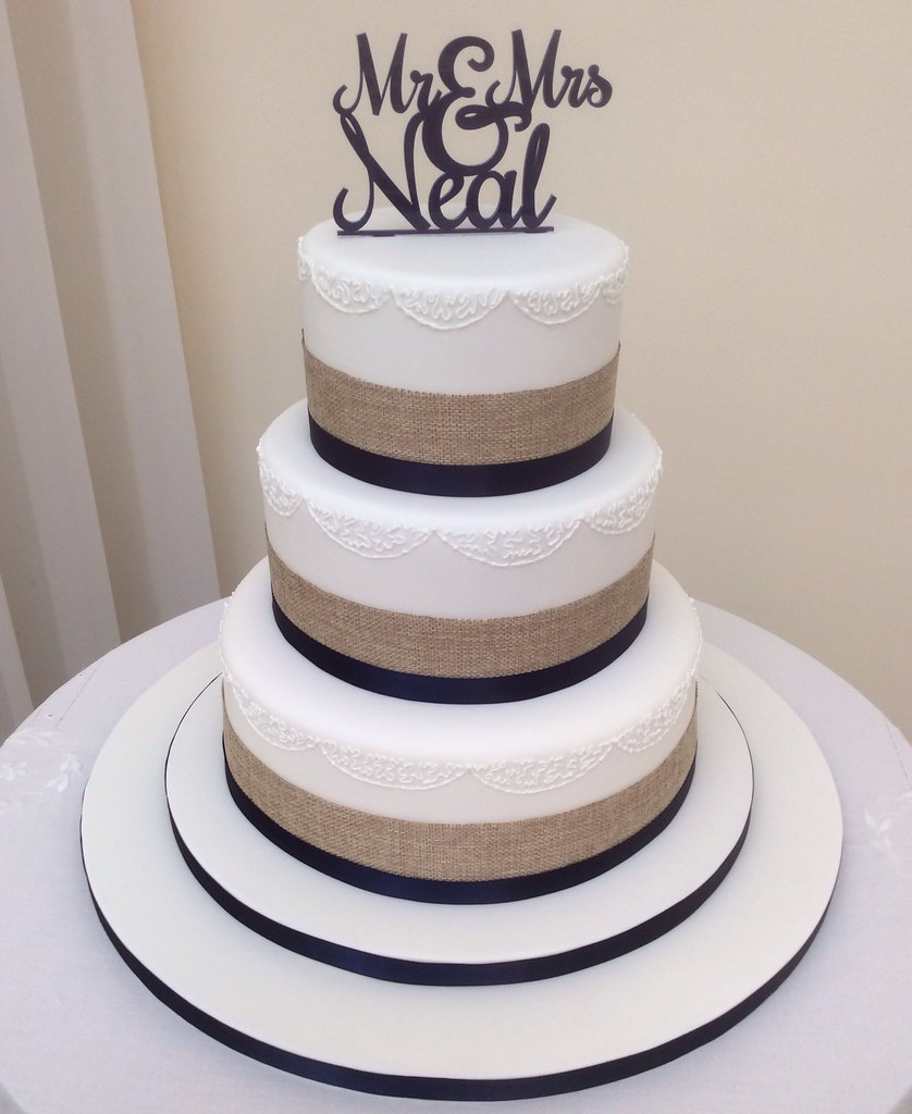 Rustic Ribbon & Navy Wedding cake | A Wedding Cake for the l… | Flickr
