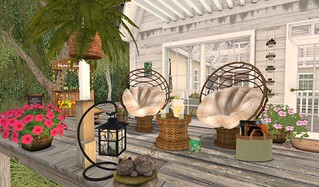 Park Place Gold Plaid Garden Set | by Hidden Gems in Second Life (Interior Designer)