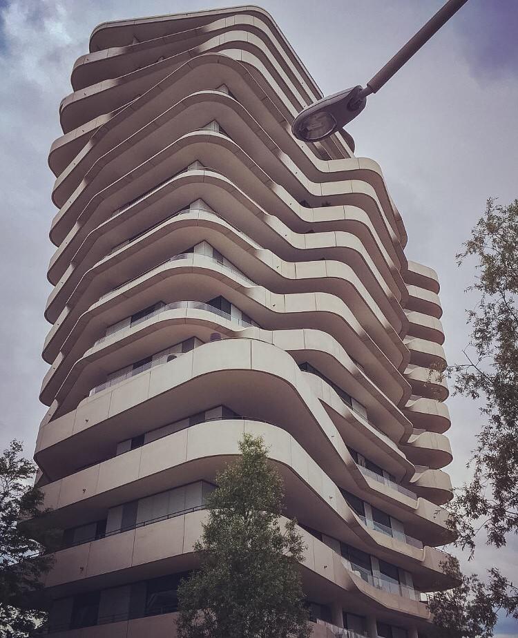 marco polo tower by behnisch architekten hafencity hamburg by michael goldrei microsketch
