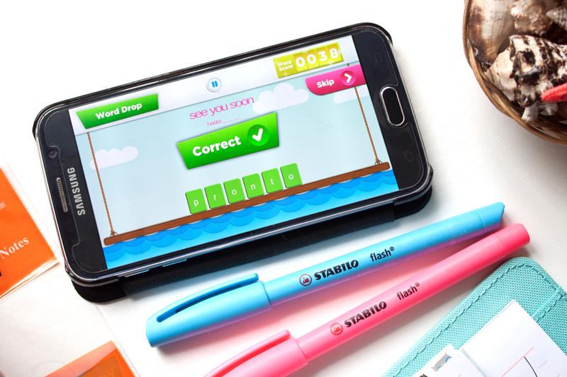 Learning Spanish with Flashsticks | awaywithkatie.com