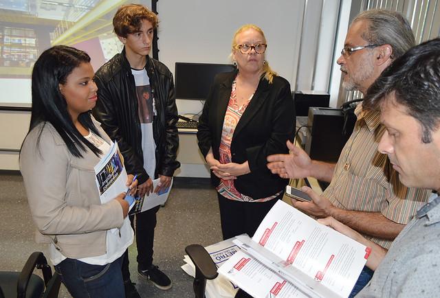 Paula Souza participa da 2ª Feira de Profissões do Metrô
