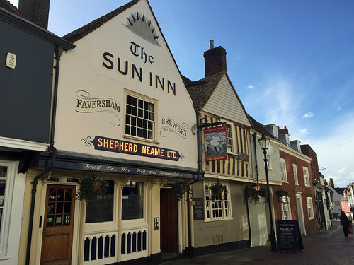 The Sun Inn, Guildhall | by diamond geezer
