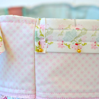 Pretty tote sewing tutorial 22 | by toriejayne