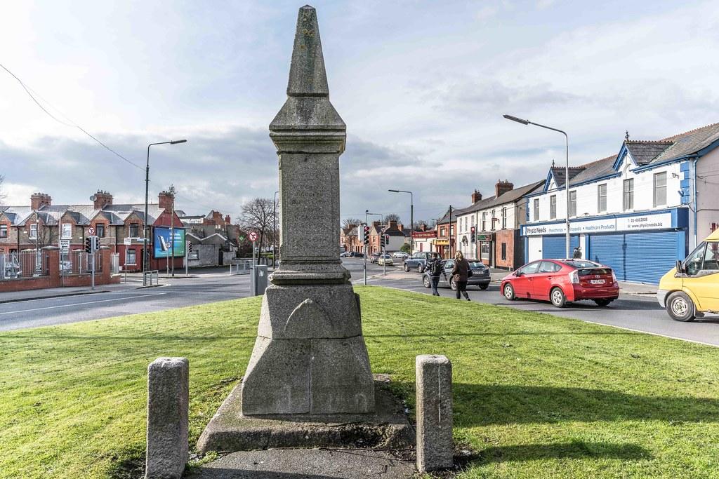MEMORIAL TO DR. WILLIAM ASHFORD [SANDYMOUNT DUBLIN]-114841