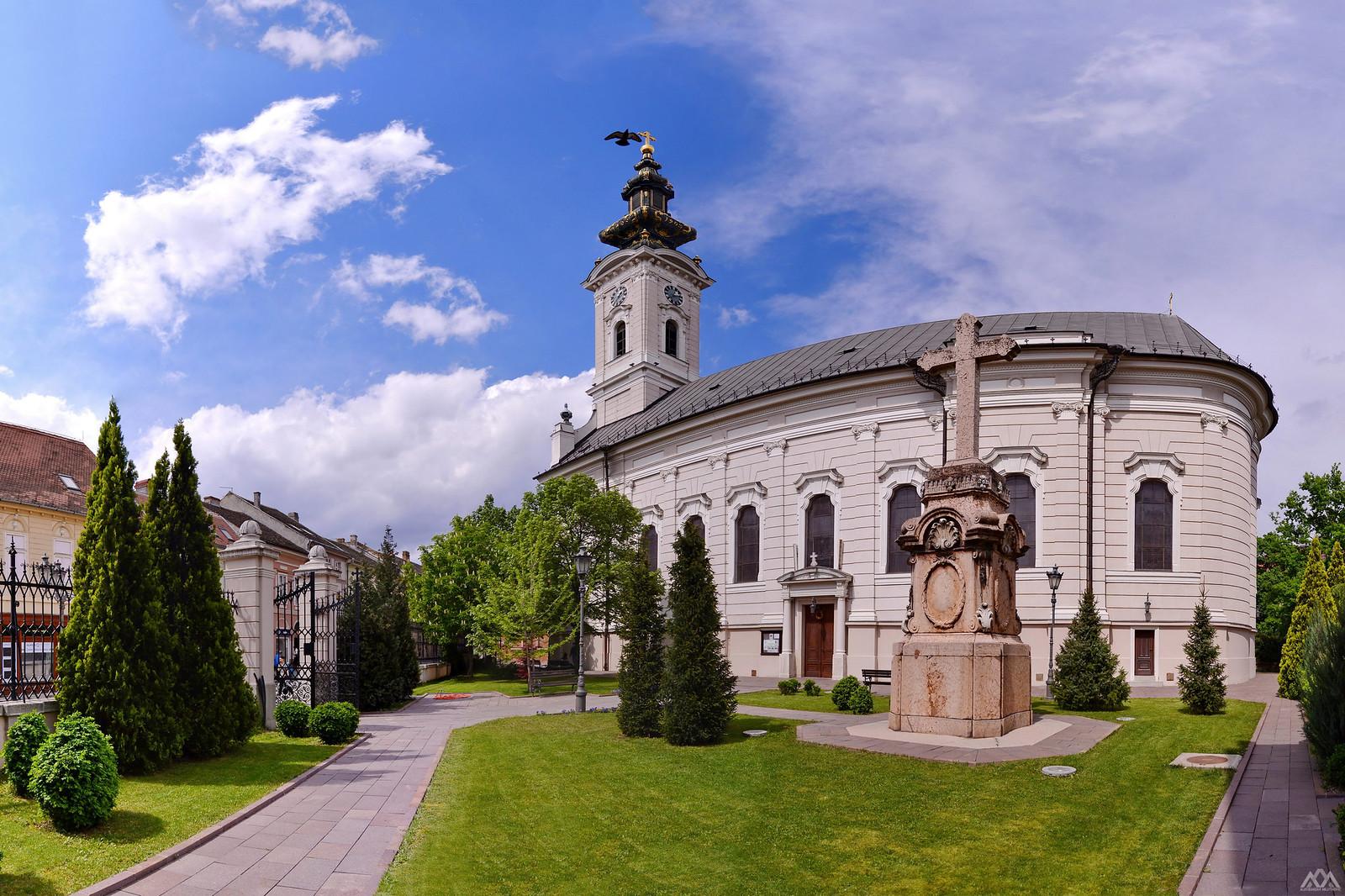 Saborni hram svetog velikomučenika Georgija Novi Sad | by AleksandarM021