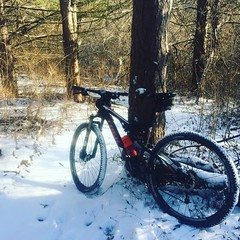 Riding bikes in the snow is like being a beginner all over again. Definitely reminds all over again you about shifting and looking where you want to go. So much fun. Perfect snow for riding bikes, and the trails are in awesome shape! #mtb #snowday #gorctr