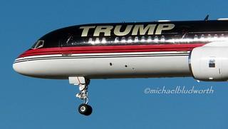 Trump 757 N757AF