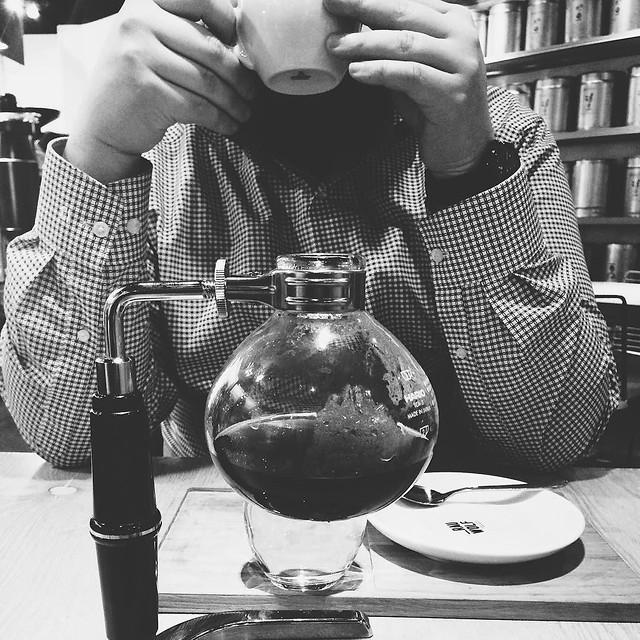 ikeashoppingday! #butfirstcoffee: #rauwolfcoffee with my favorite coffeepartner in crime. happy saturday! ___ #vscocam #coffeebreak #igersvienna #scs #syphon #corylusferus