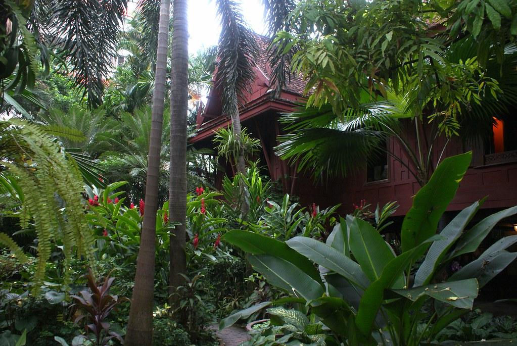 Maison de Jim Thompson à Bangkok : A la fois musée, monument et parc. Extraordinaire.