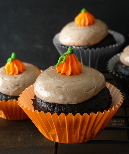 Aquafaba Royal Icing Ghosts and Pumpkins | by River (Wing-It Vegan)