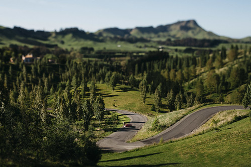 Tilt + Shift | by shaderlab