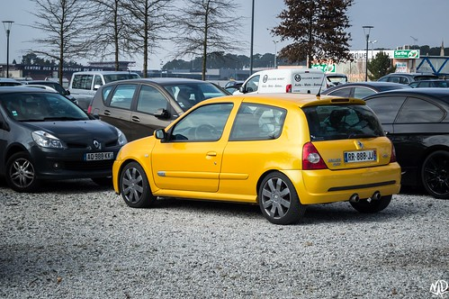 Renault Clio 2 RS 182 | by N.D pictures
