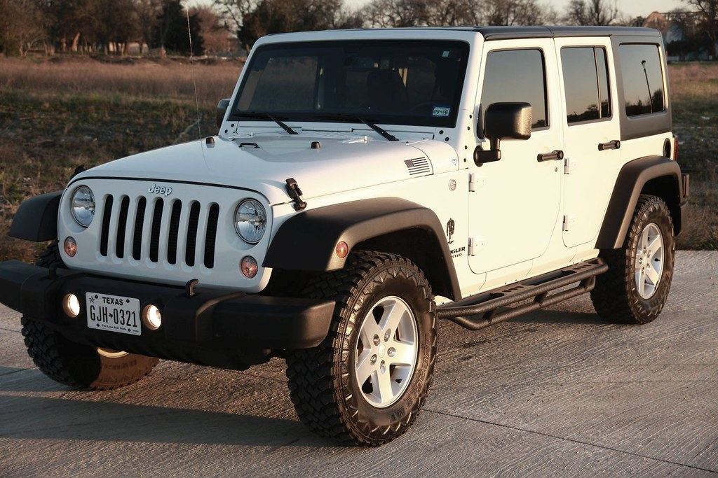 ... Jeep Wrangler Unlimited With SmittyBilt SRC Side Armor Step Bars | By  MWButterfly