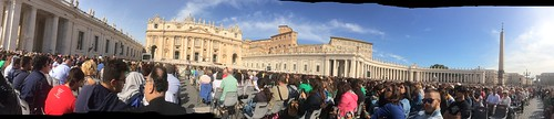 St Peter's Square before the Pope's Speach | by Andrew Denner
