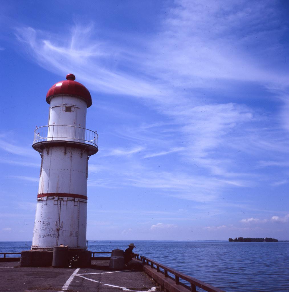 Montreal Lighthouse. Rolleiflex 3.5E3 (Xenotar lens). Fuji Provia 100 slide film