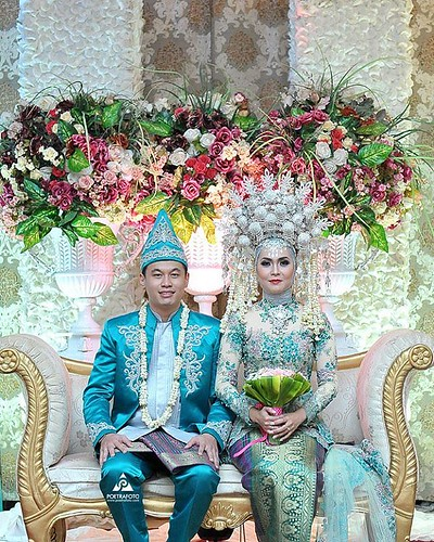 Indonesian Traditional wedding with Padang modern wedding …  Flickr