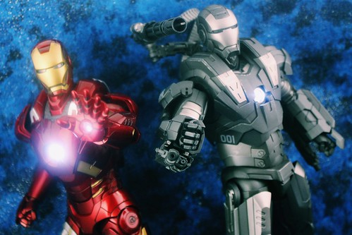 Iron Man & War Machine Hot Toys