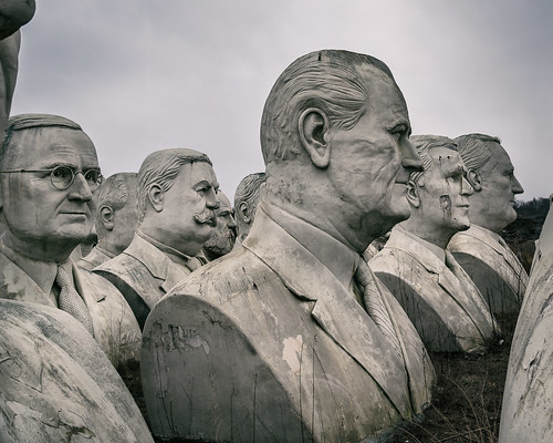 LBJ, et.al. The 20 Feet Heads | by Mobilus In Mobili