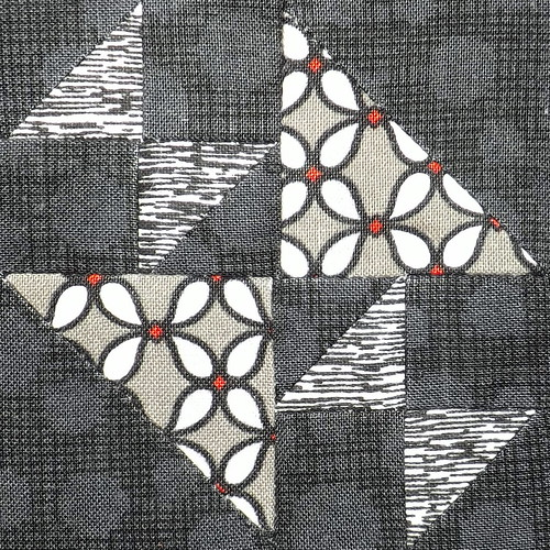365Challenge_85_CrossesAndLosses | by Grey Cat Quilts