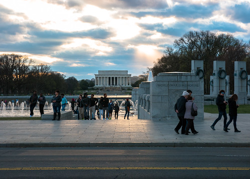 World War II Memorial with the Lincoln Memorial | by nan palmero