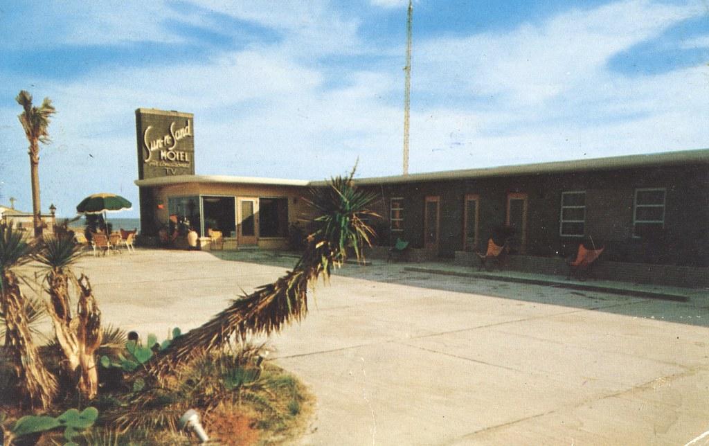 Sun N Sand Motel & Apts. - Destin, Florida