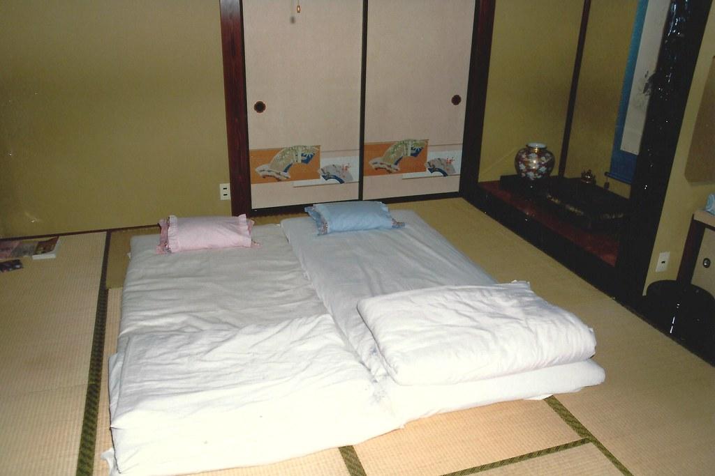 Rice Pillows on Tetami Mats, Sleeping on the Floor, Typica… | Flickr
