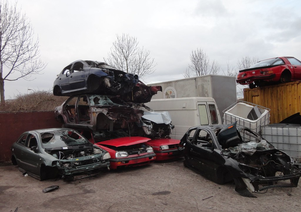 scrap cars / sloopauto\'s | scrapyard / autodemontage De Mars… | Flickr