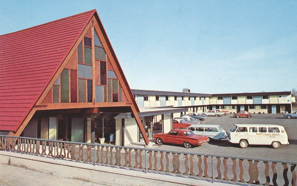 Hyatt Chalet Motel - Elk Grove, Illinois