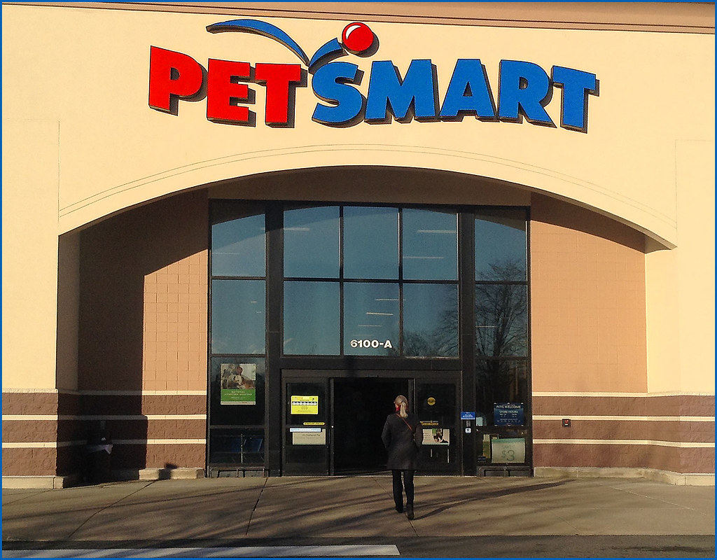 Working At PetSmart - Zippia