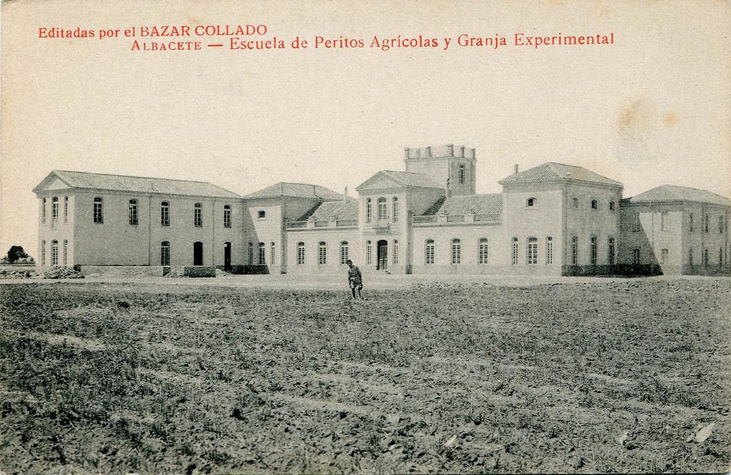 scuela de Peritos Agrícolas y Granja Experimental Publicación: Albacete : Bazar Collado, entre 1905 y 1930