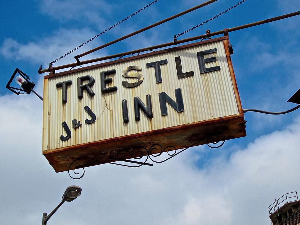 The trestle inn philadelphia pa