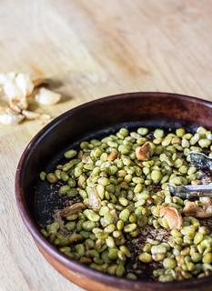 Oven Roasted Lima Beans and Garlic  | infinebalance.com #recipe #vegan | by TrishCowper