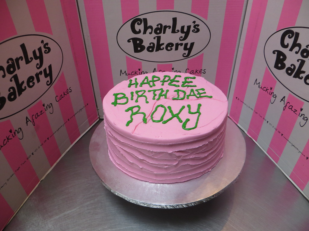 Harry Potter Themed Birthday Cake From Hagrid Messy Pink Flickr