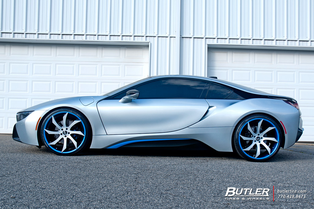 Bmw I8 With 22in Forgiato Fondare Ecl Wheels And Pirelli T Flickr