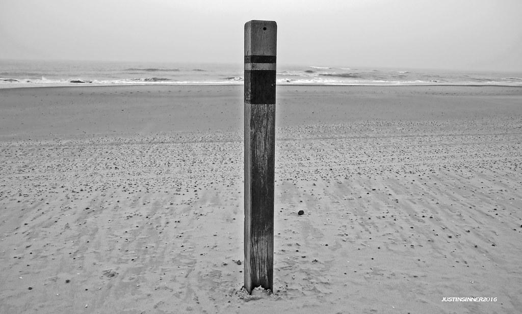 Beach At Texel Texel Paal Strand Beach Black White Flickr
