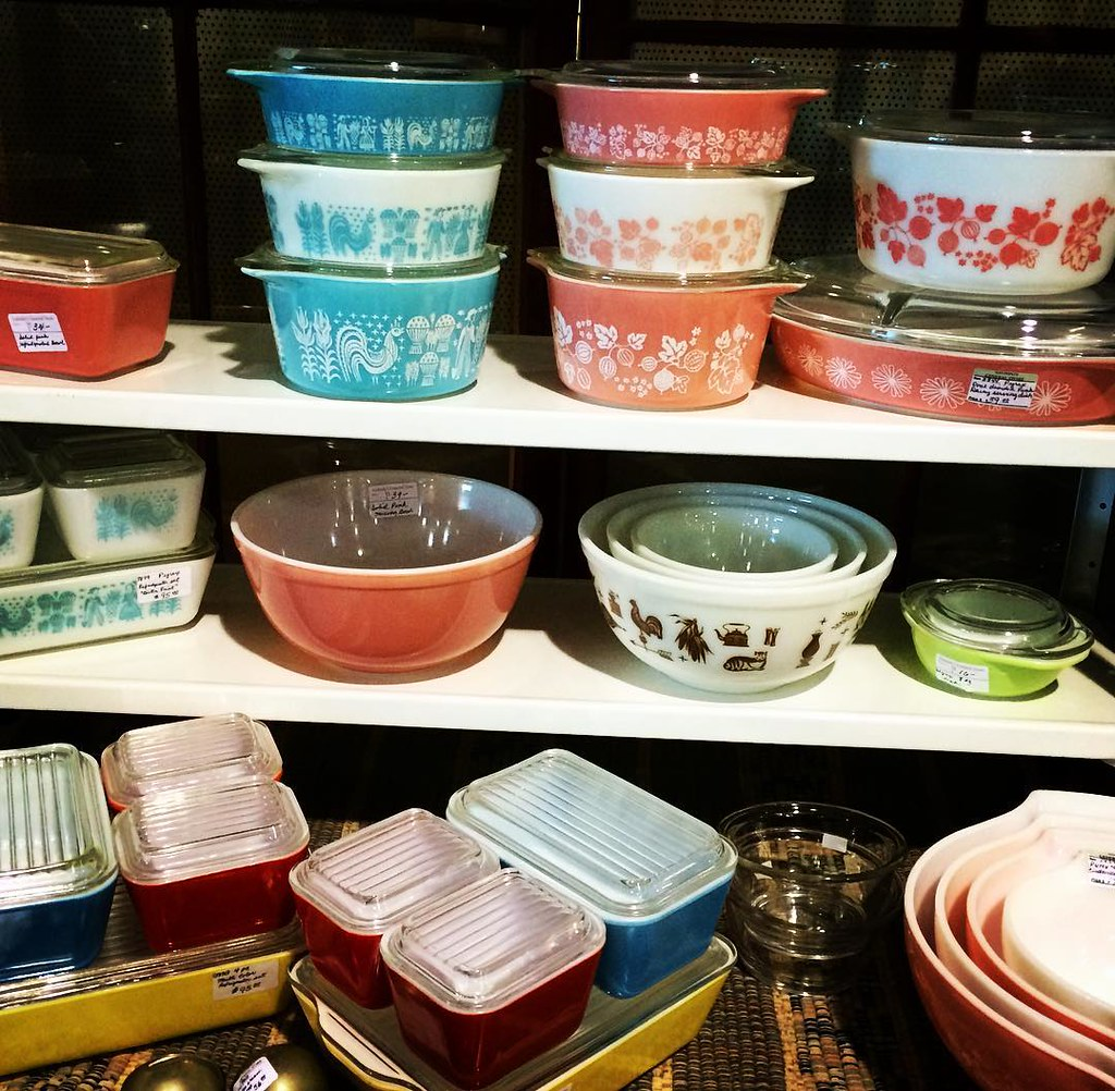 ... #vintage #kitchenware #pyrex #corningware #display At This Weekendu0027s  Tulsa Vintage Show