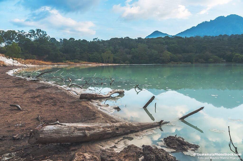 Resultado de imagen para Laguna De Azufre, Pueblo NuevoViñas