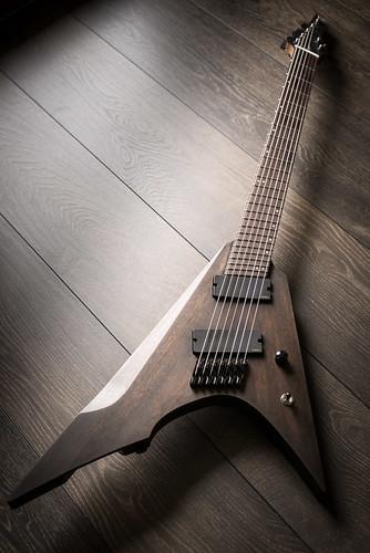 Slanted Humbucker für Gitarren mit Fächerbundierung - GitarreBassBau.de