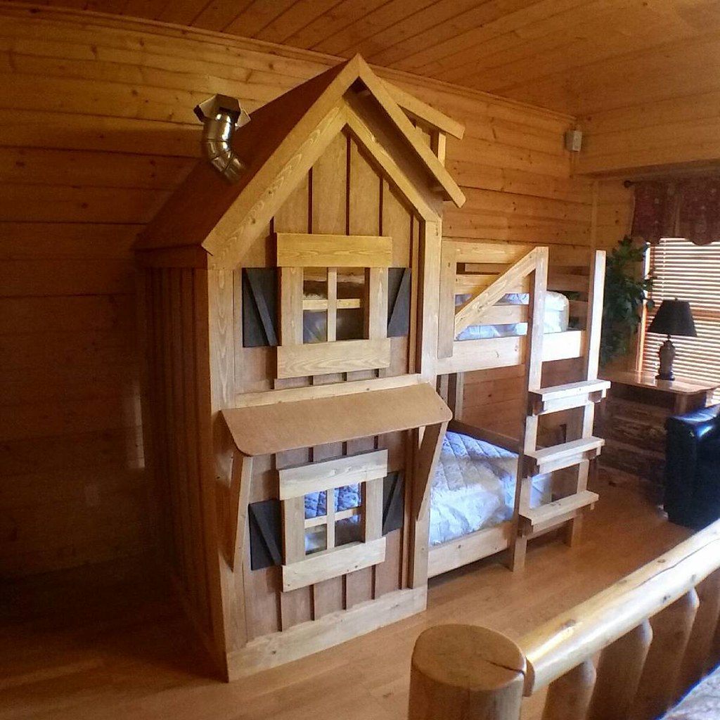 This Rustic Bunk Bed Went To A Beautiful Rental Cabin Near Flickr