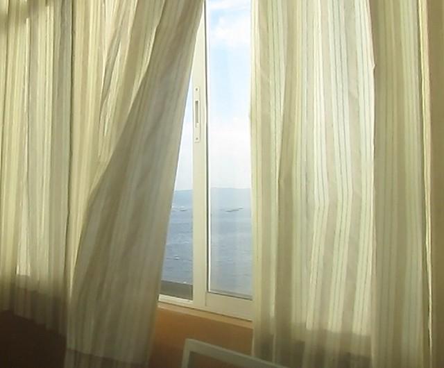 Viento en las cortinas