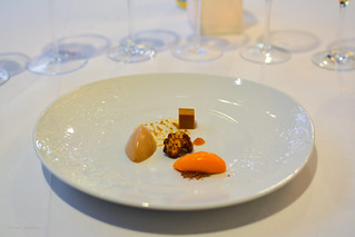 'What does not go with chocolate:' cauliflower, bell pepper, carrot | by Fran Azafrán